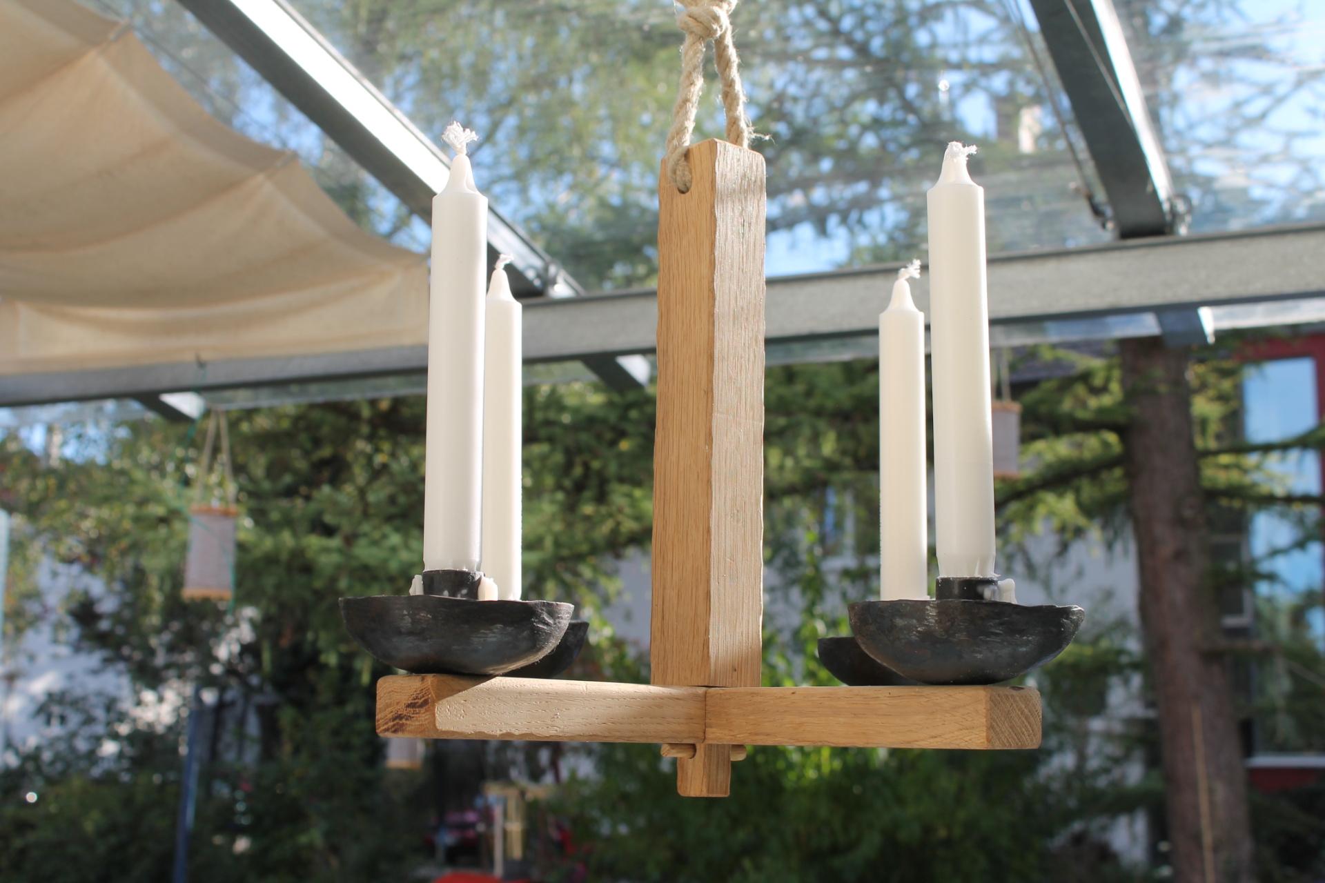 mittelalterlicher h ngeleuchter atelier barbot. Black Bedroom Furniture Sets. Home Design Ideas