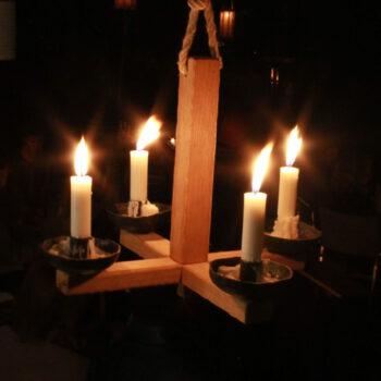 Eventverleih Mittelalter Lager mieten leihen mittelalterlicher Kerzenleuchter Naturfest Waldfest Hochzeit